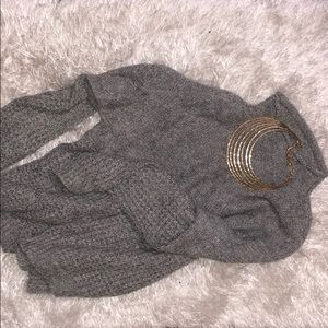 "Gray ""loose/oversized"" sweater"